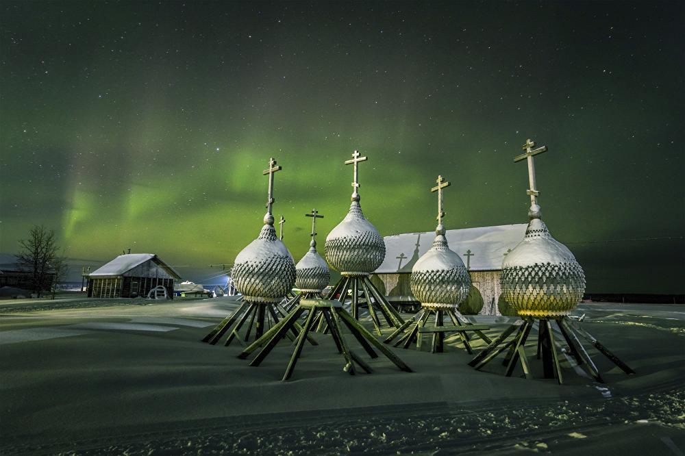 Vitali Nóvikov fotografió estas cúpulas en el pueblo de Varzuga, situado en la región de Múrmansk.