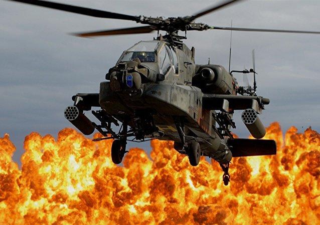 Explosión y un helicóptero (imagen referencial)