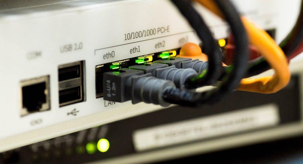 Cables de internet (imagen referencial)