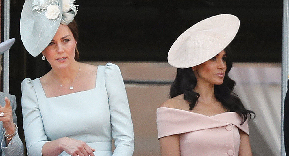 Kate Middleton, duquesa de Cambridge​​, (izda.) y Meghan Markle, duquesa de Sussex (drcha.)