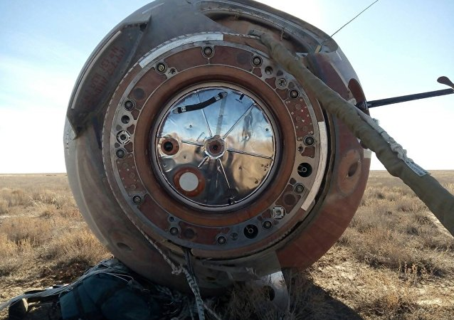 La cápsula de la nave espacial Soyuz tras el aterrizaje (archivo)