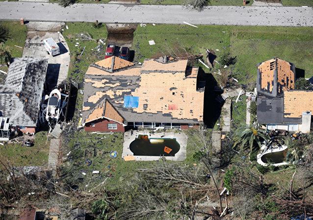 Edificios dañados por el huracán Michael en Panamá