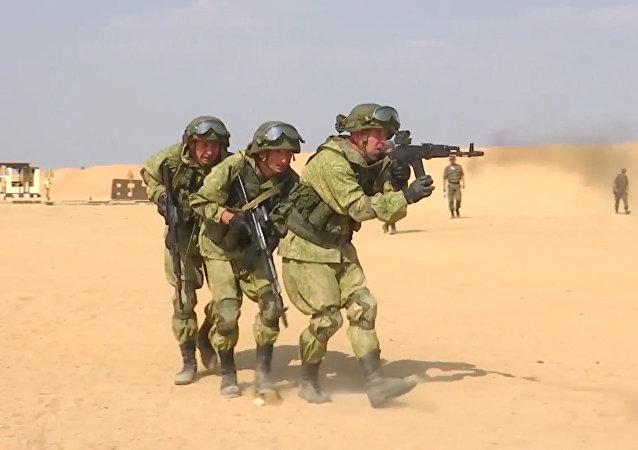 Rusia y Egipto llevan a cabo maniobras militares conjuntas