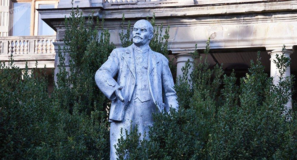 Un monumento en honor a Lenin (imagen referencial)
