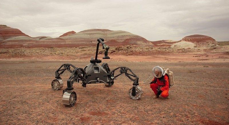 En 2014 la mujer tomó parte en un experimento que se efectuó en la 'estación marciana' situada en el desierto del estado de Yuta, EEUU.