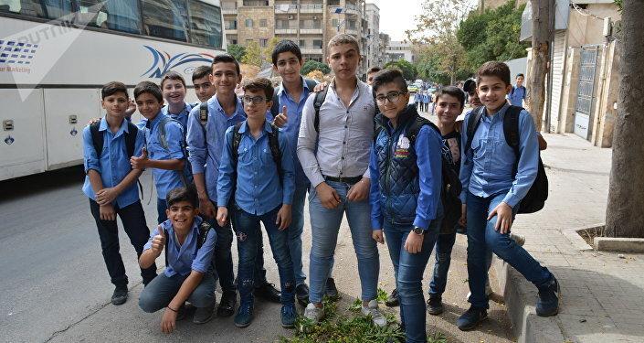 Escolares en Alepo, después de la liberación de la ciudad