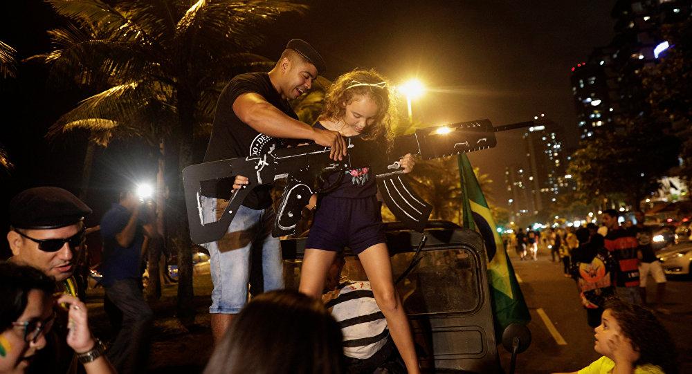 Los partidarios de Jair Bolsonaro candidato celebran su victoria