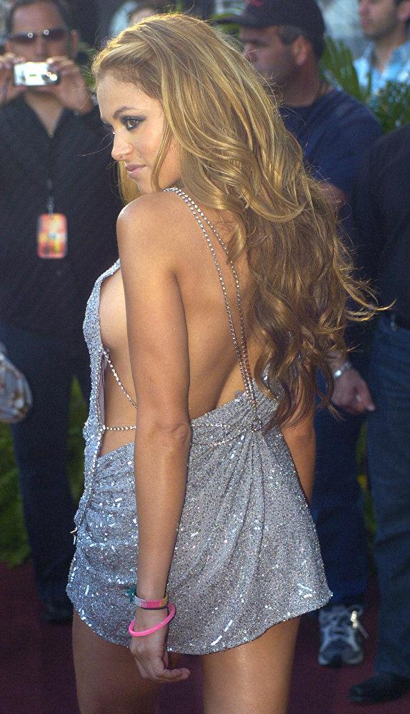 Los vestidos más reveladores de las celebridades