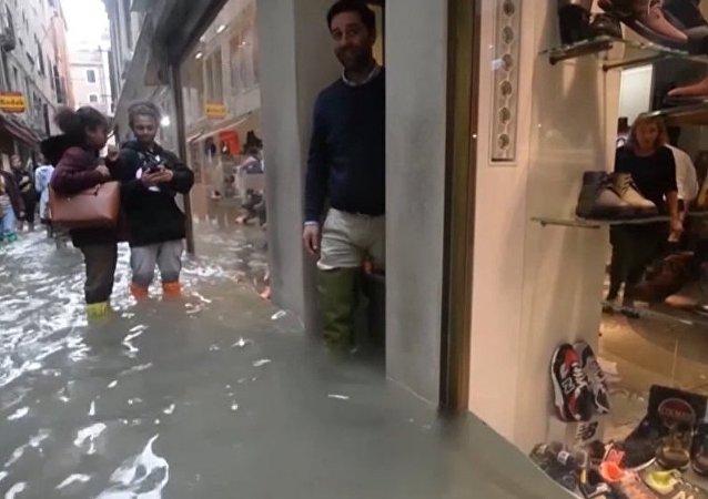 Turismo acuático: inundado el 75% del centro histórico de Venecia