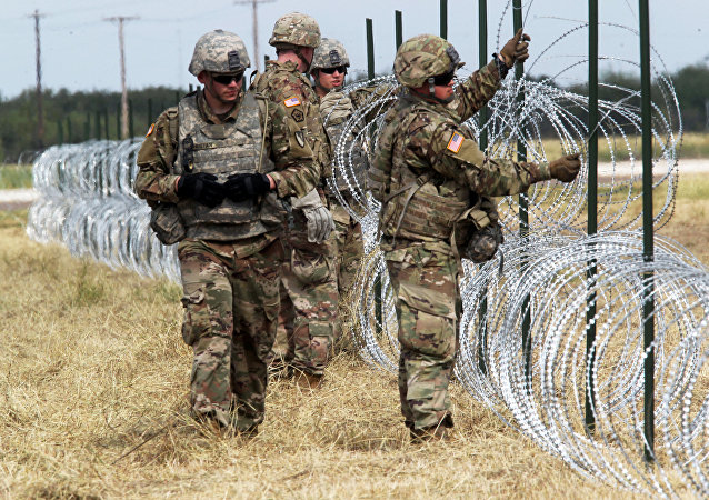 Militares de EEUU en la frontera con México (archivo)