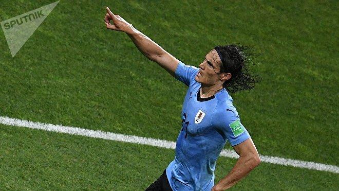 Gol de Edinson Cavani en el partido de Uruguay vs Portugal durante el Mundial de Rusia 2018 (haz clic para ver)