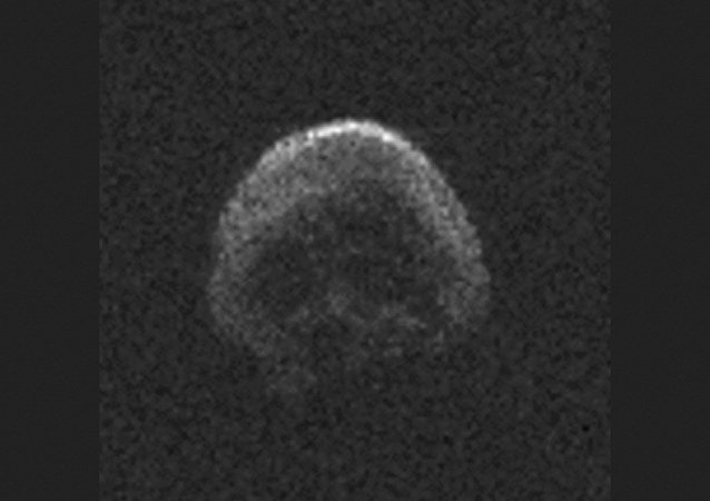 El cometa TB145