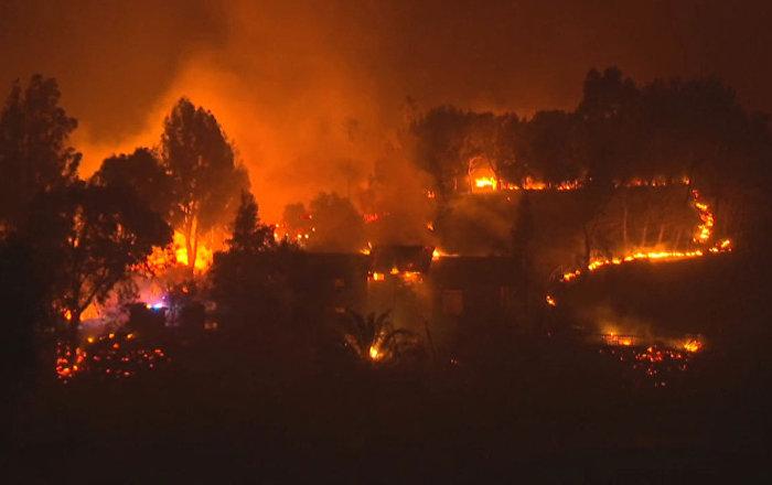 Incendios dejan un rastro de destrucción y muertes en California
