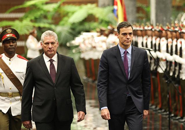 Miguel Díaz-Canel, presidente de Cuba, y  Pedro Sánchez, presidente del Gobierno de España