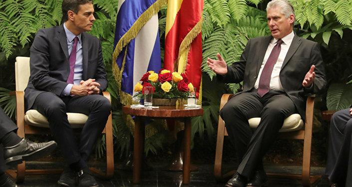 Pedro Sánchez, presidente del Gobierno de España, y Miguel Díaz-Canel, presidente de Cuba
