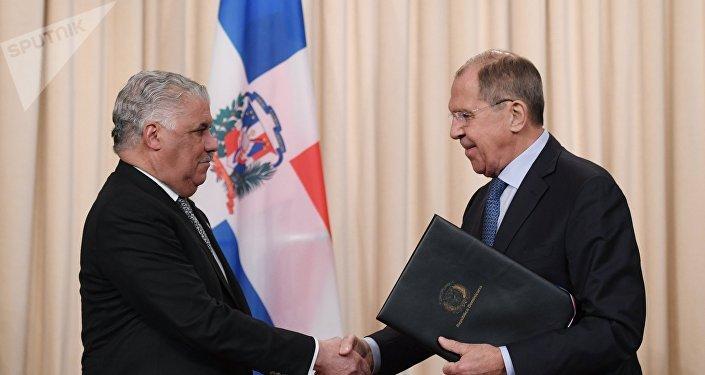 Canciller de la República Dominicana, Miguel Vargas, y su homólogo ruso, Serguéi Lavrov