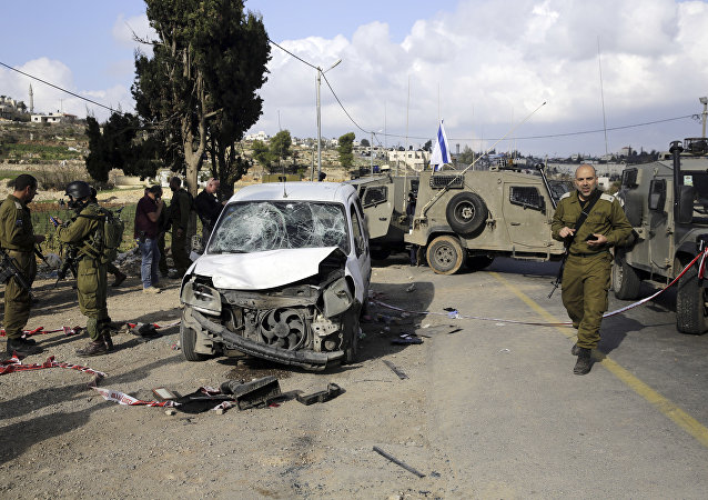 Situación tras el atropello intencionado por parte de un conductor palestino en Gush Etzion, en Cisjordania, territorio palestino ocupado por Israel