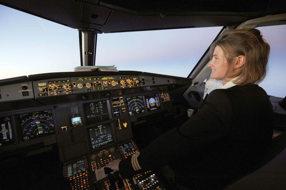 Bellezas en el aire: mujeres piloto de la aviación civil