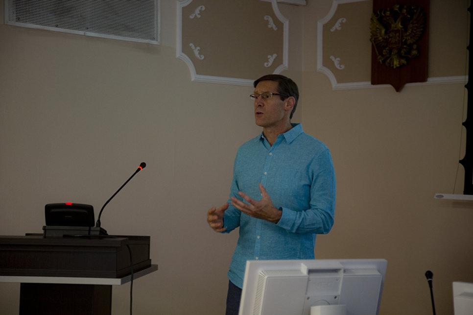 El jefe de la dirección del proyecto, el físico John Lajoie, de la Universidad de Iowa (EEUU)