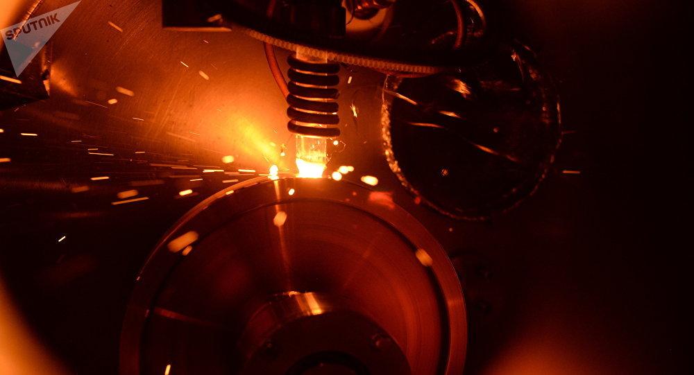 El proceso de obtención de las muestras de estructura amorfa a base de hierro