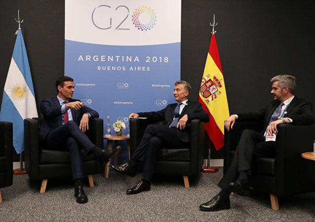 Pedro Sánchez, el presidente del Gobierno de España y Mauricio Macri, el presidente argentino