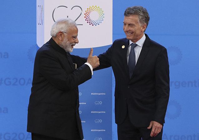 Narendra Modi, primer ministro de la India, y Mauricio Macri, presidente de Argentina