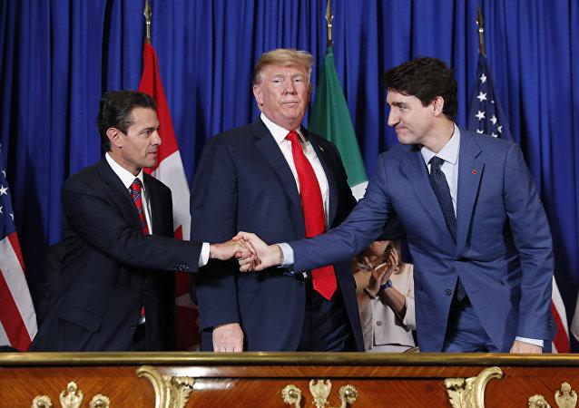 Enrique Peña Nieto, presidente de México, Donald Trump, presidente de EEUU y Justin Trudeau, primer ministro de Canadá