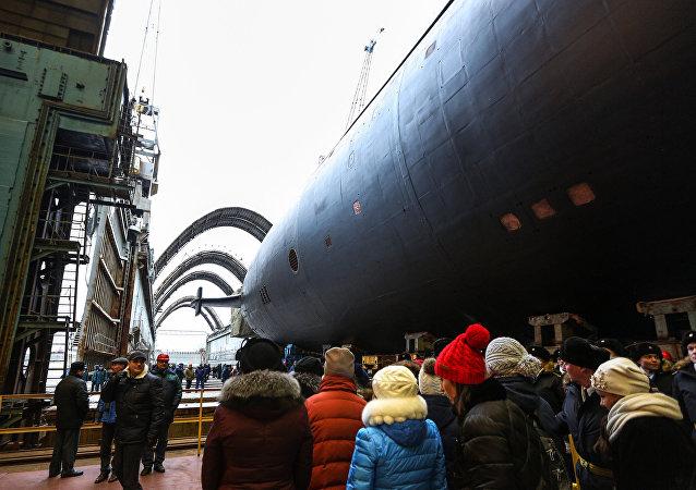 La solemne botadura del cuarto submarino atómico del proyecto 955A Borei, Knyaz Vladimir