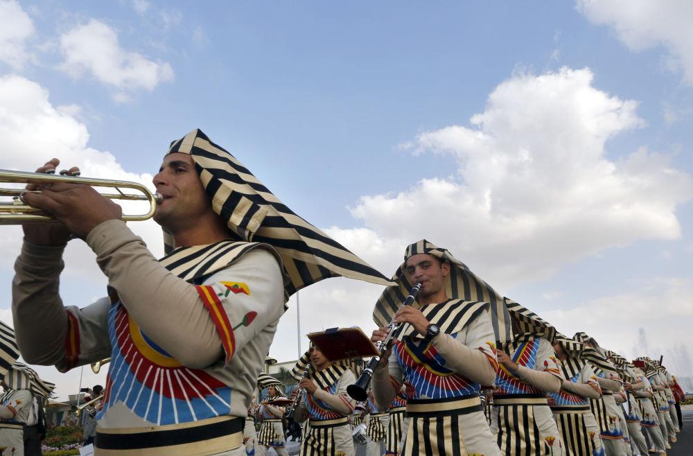 Egipto 'se arma' hasta los dientes con una enorme exposición militar