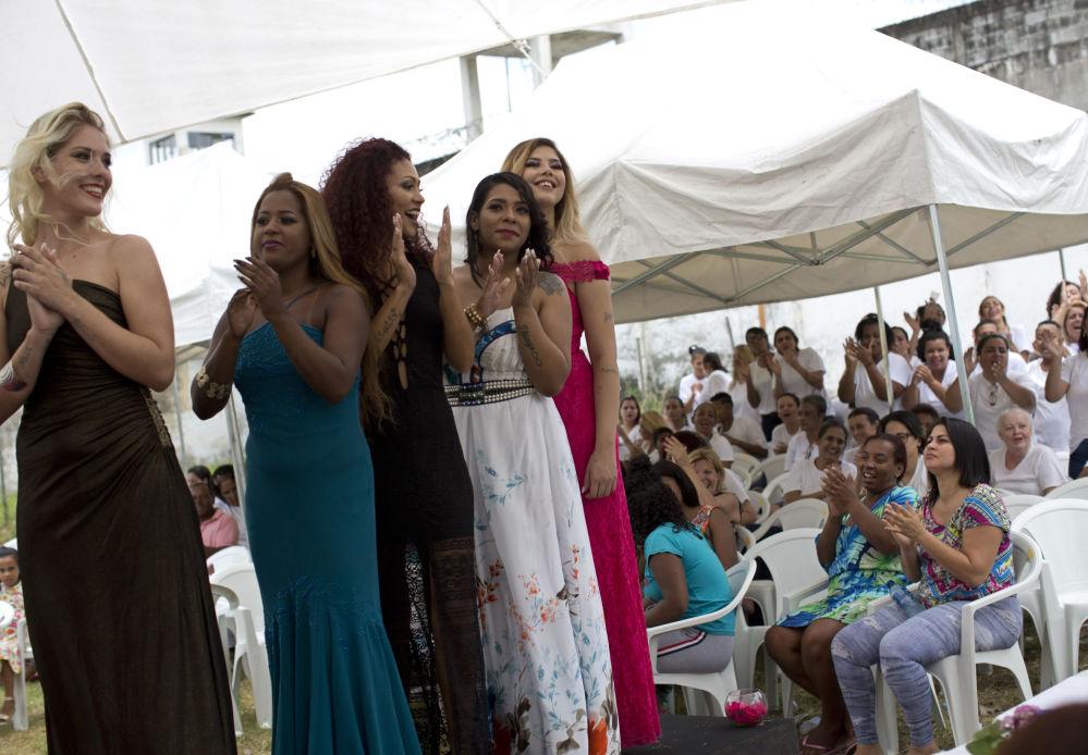 Los mejores momentos de un concurso de belleza en una prisión de mujeres en Brasil