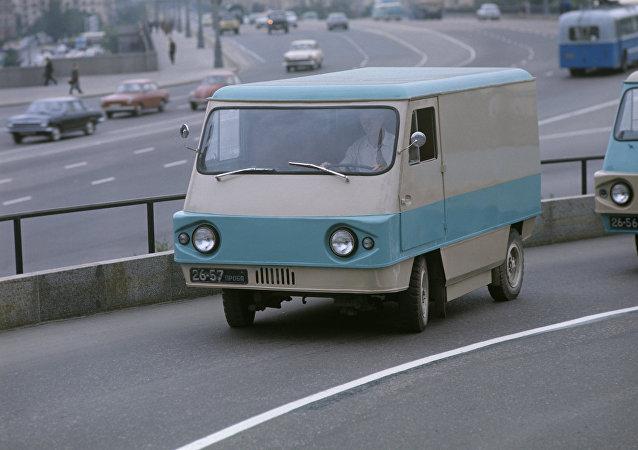 Uno de los primeros autos eléctricos de la URSS