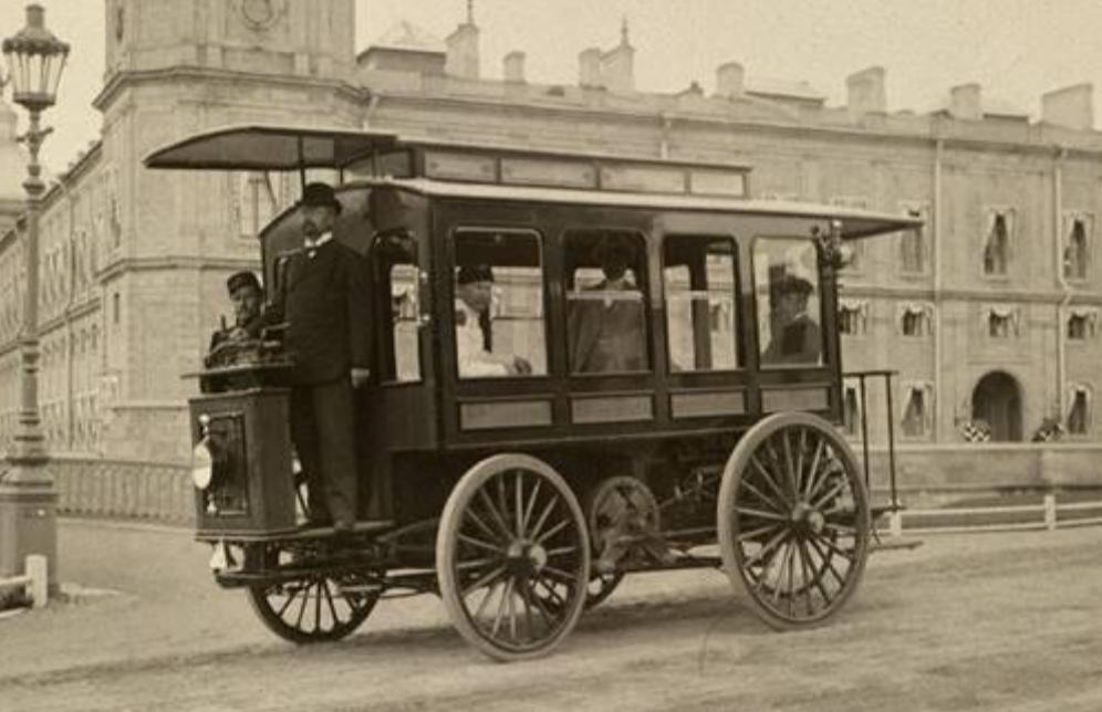 Primer electrobús de Ippolit Románov