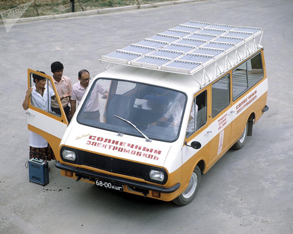 Pruebas de un auto de paneles solares