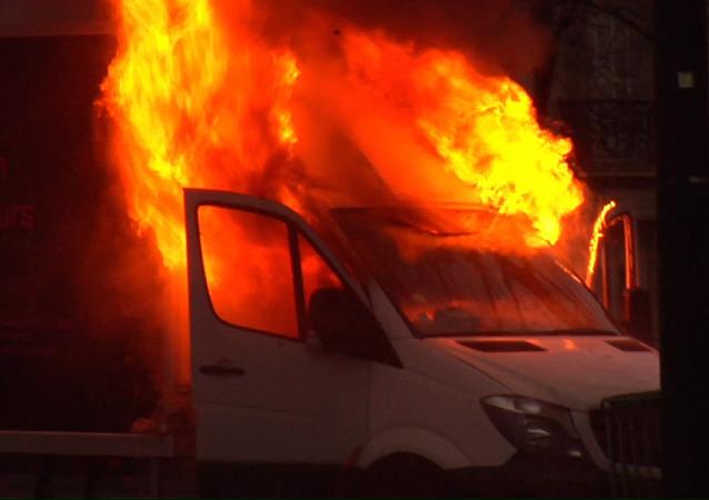 París en llamas: la ciudad sigue sumergida en el caos de las protestas