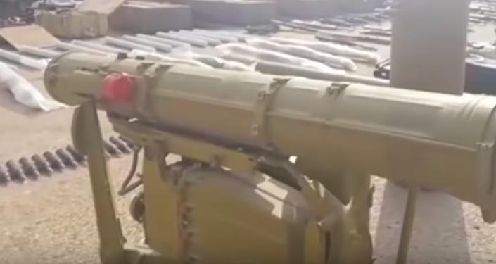 Video: Ejército sirio revela un enorme escondite de municiones de los terroristas