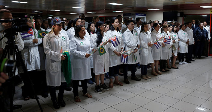 Médicos cubanos (Archivo)