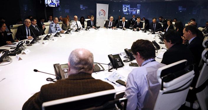 Reunión de Centro de Crisis de Francia sobre sucesos en Estrasburgo