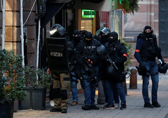 Policia francesa en Estrasburgo