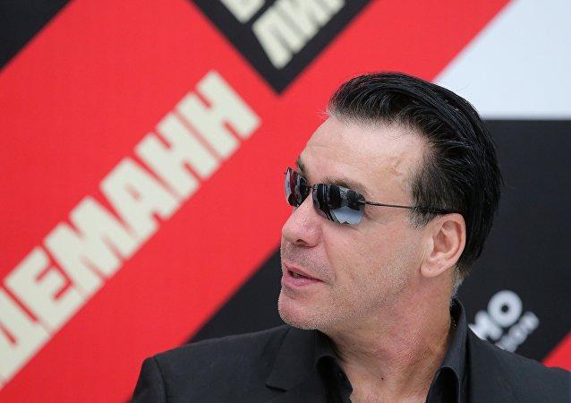 Till Lindemann, vocalista de la banda alemana Rammstein