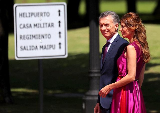 Mauricio Macri, presidente de Argentina, con su esposa Juliana Awada