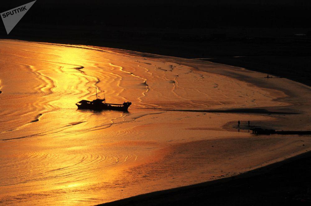 Paradisíacos, pero desiertos: así son los paisajes de la isla de Kunashir