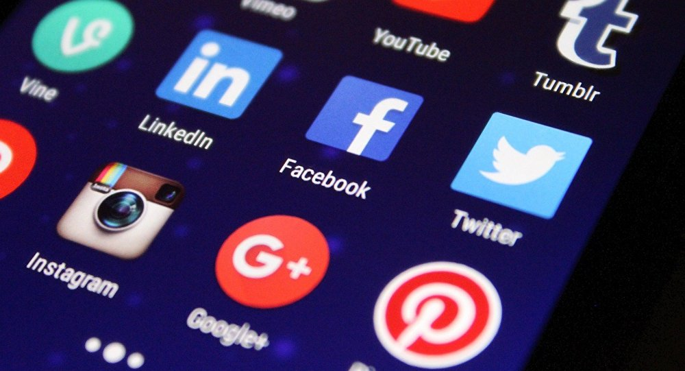 Facebook y Twitter (imagen referencial)