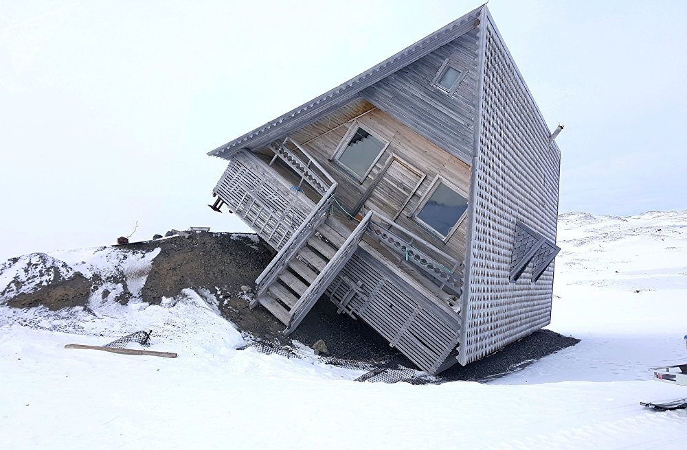Una casa acostada en el archipiélago de Svalbard