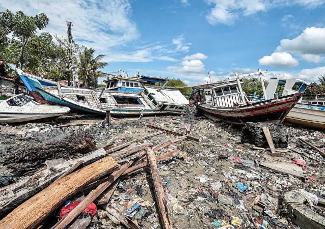 Destrucción ocasionada por el tsunami en Indonesia