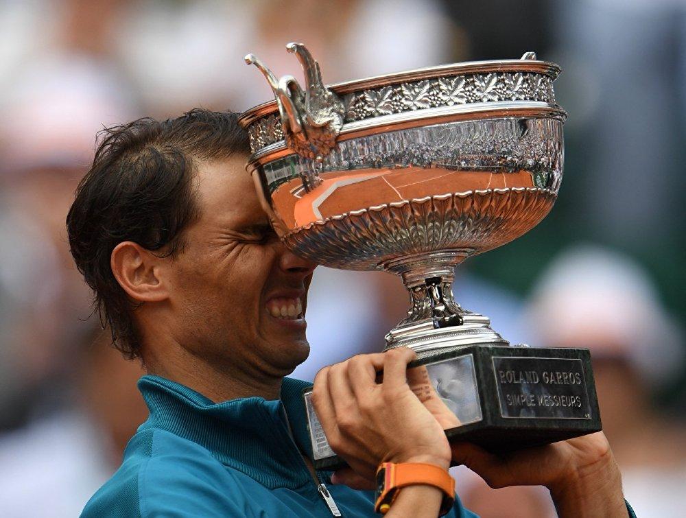 El 10 de junio el tenista español Rafael Nadal conquistó su undécimo título del Torneo de Roland Garros, asegurando su posición como el máximo triunfador de la historia de la competencia sobre tierra batida más prestigiosa del mundo.