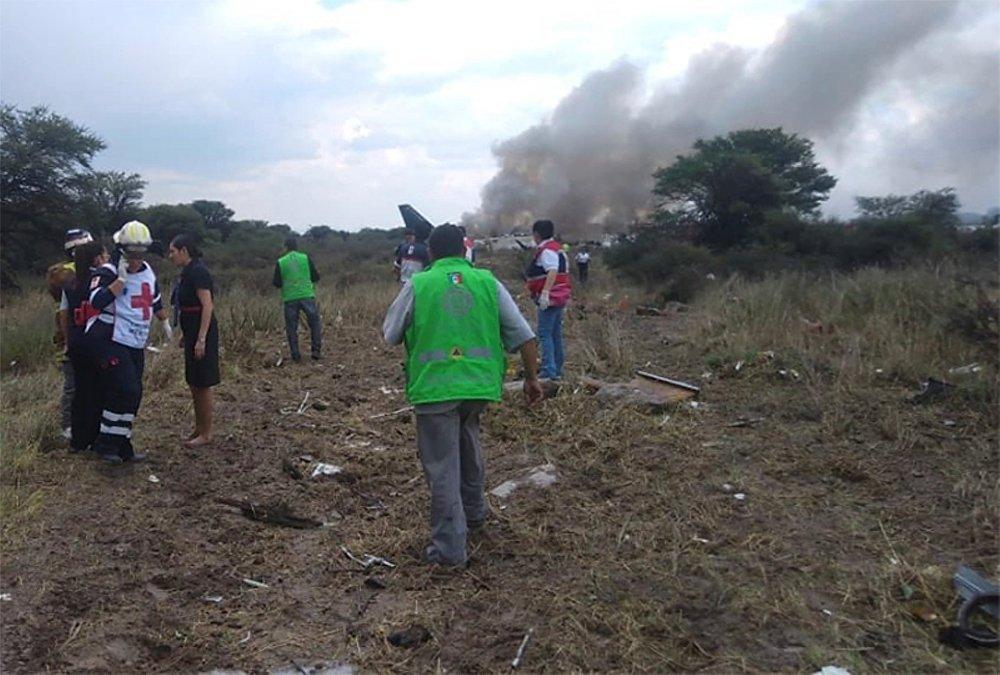 El 31 de julio un avión de Aeroméxico se estrelló cerca del aeropuerto de Durango, en México, poco después de despegar. Increíblemente, ninguna de las 103 personas a bordo, incluidos dos infantes y 4 tripulantes, falleció.