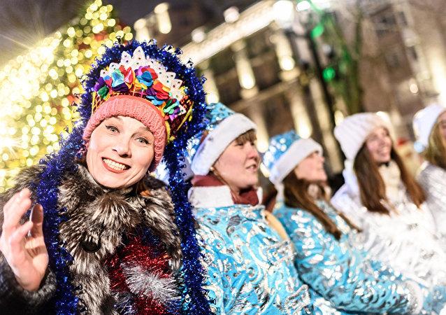 El desfile de las 'Doncellas de la Nieve'