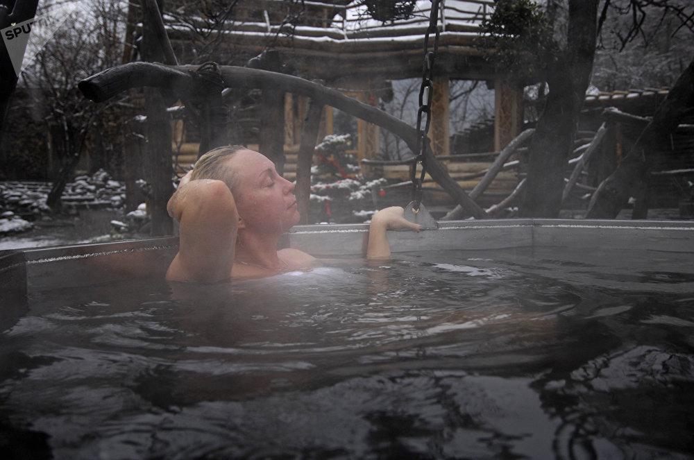La piscina de una de las saunas de Krasnaya Poliana en Sochi