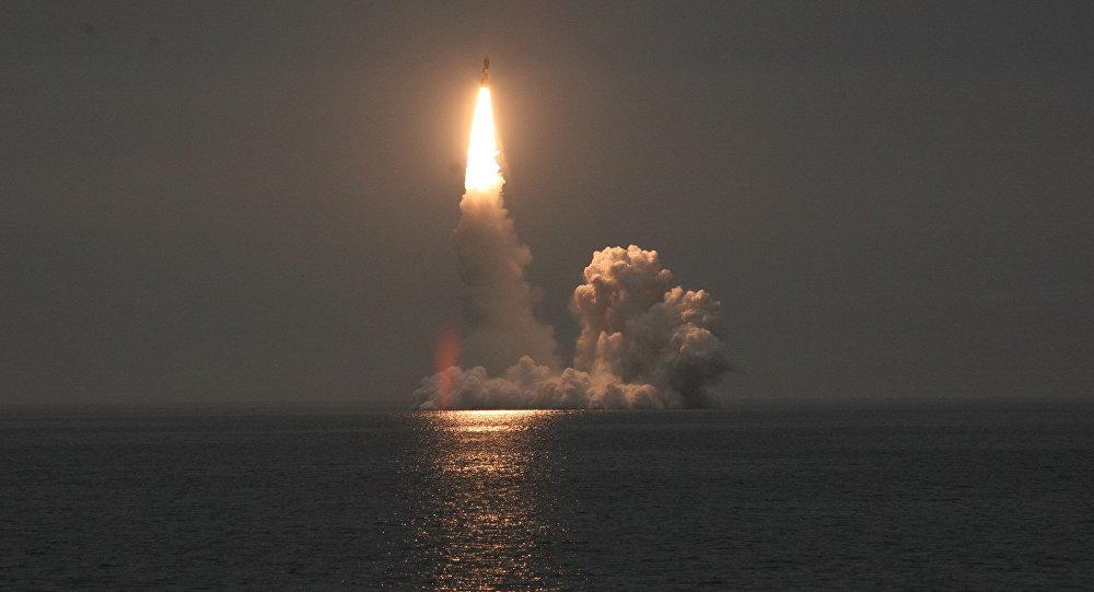 Lanzamiento del misil Bulava