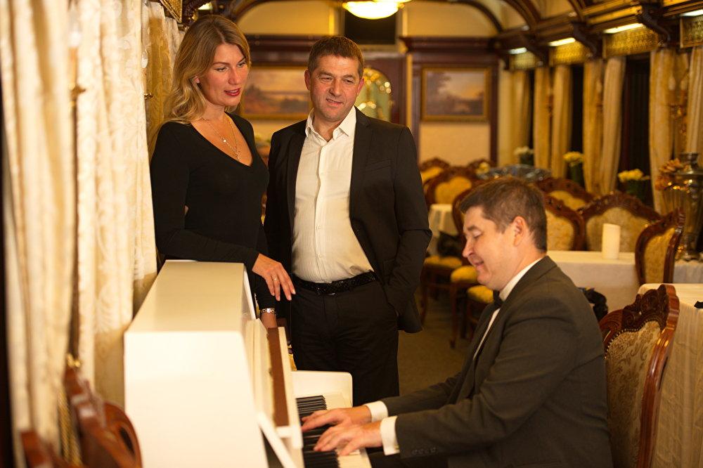 Pianista en el tren